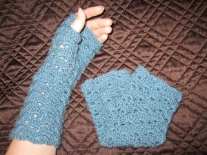 My version of the Hermione Shell Gloves, original pattern by Andrea Denby.